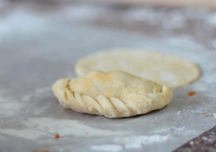 Sealing empanada