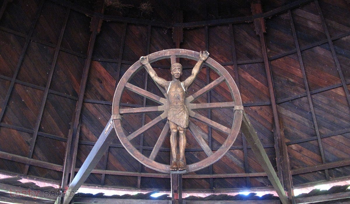 The wooden crucifix above the altar of the Chapel of the Cartwheels at Hacienda Rosalia