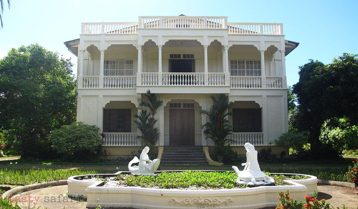 "Peque Gallaga's ""Oro, Plata, Mata"" was partially shot in the Gaston Mansion"