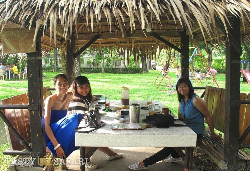 An all-girl reunion at Palmas del Mar, Bacolod City
