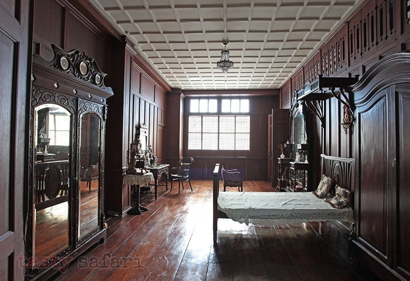 A large bedroom: house of Gregorio Agoncillo in Taal, Batangas
