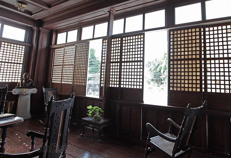 Large windows for maximum ventilation: house of Gregorio Agoncillo in Taal, Batangas