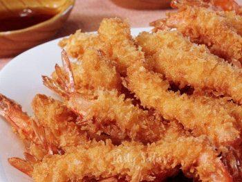How to Cook Ebi Furai (Japanese Panko-coated Deep-fried Shrimp)