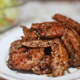 Tebasaki: Japanese Fried Chicken Wings Recipe, Step 5: Toss with the glaze