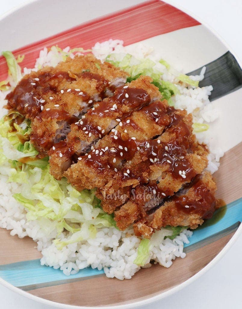 Home Cooked Tonkatsu (Japanese Deep-fried Breaded Pork Cutlet)