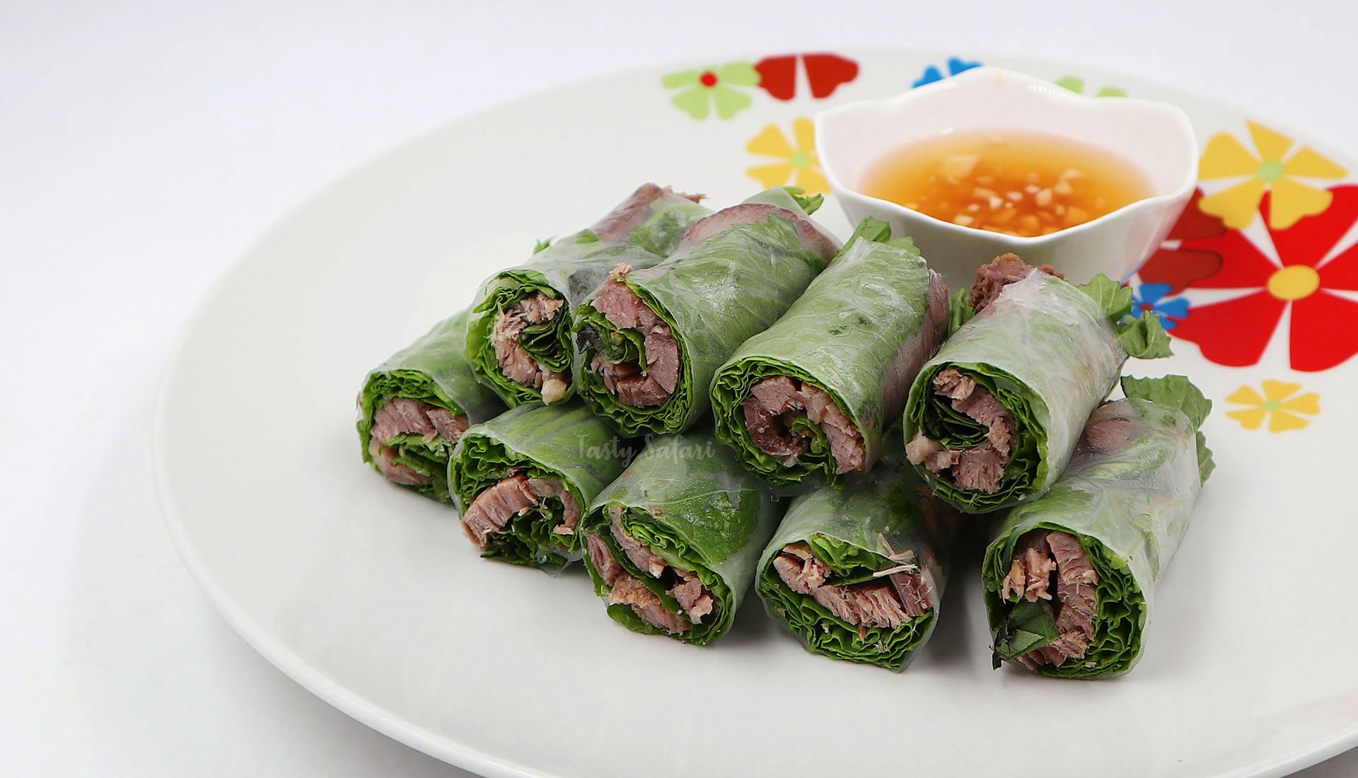 Beef and Mustard Greens Wrapped in Rice Paper