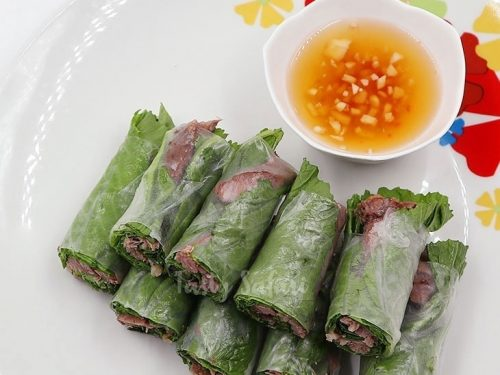Beef and Mustard Greens Wrapped in Rice Paper Recipe