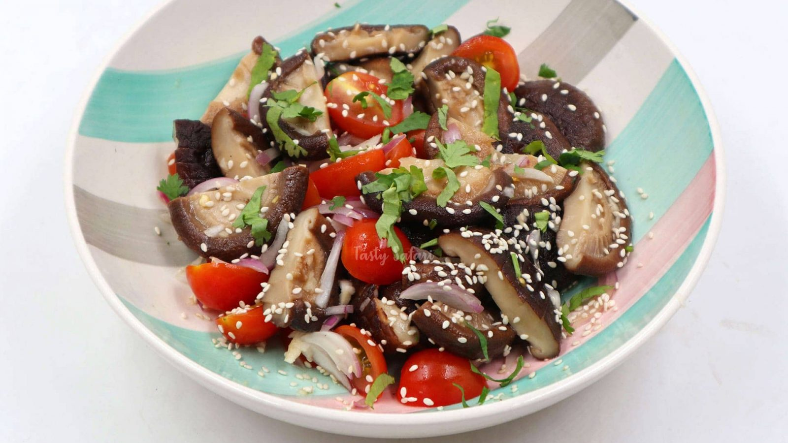 Shiitake and Cherry Tomato Salad recipe