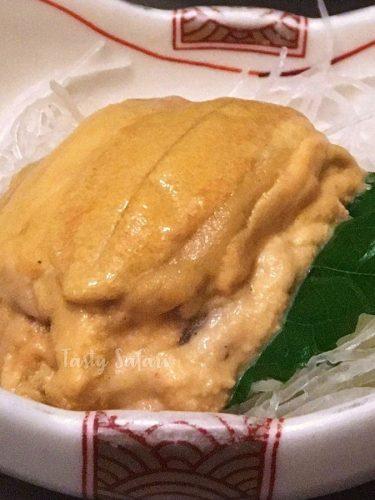 Uni (sea urchin) sachimi