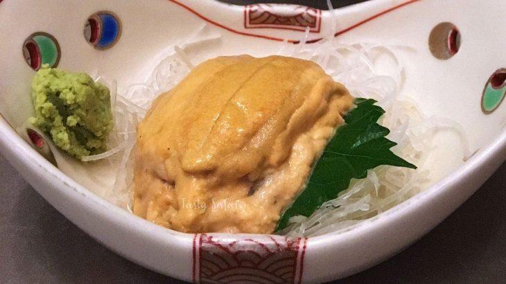 Uni (sea urchin) sashimi