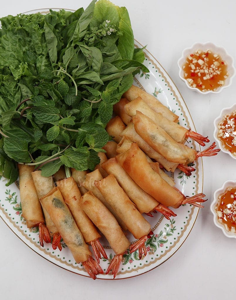 Make Vietnamese Shrimp Spring Rolls at Home!
