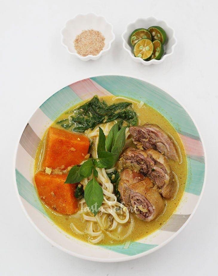 Duck Curry Noodle Soup Recipe