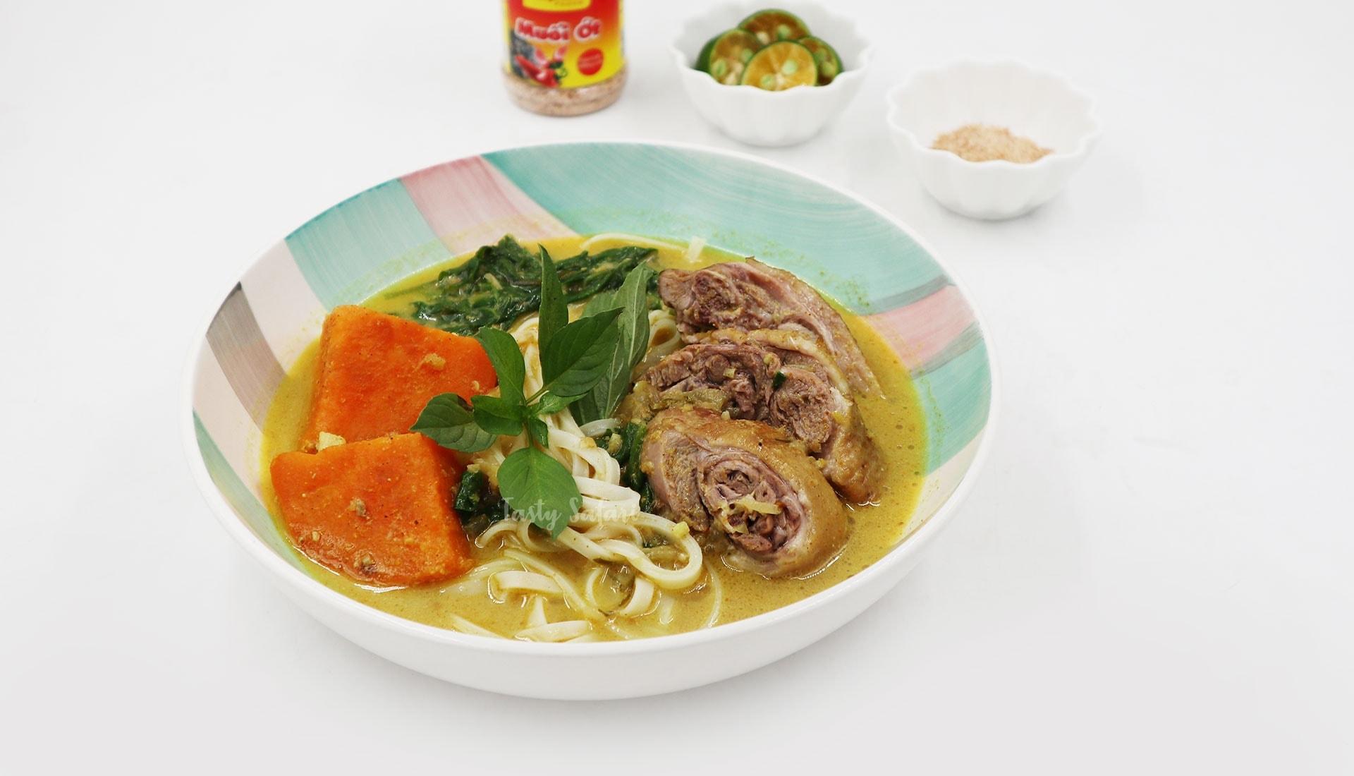 Duck Curry Noodle Soup