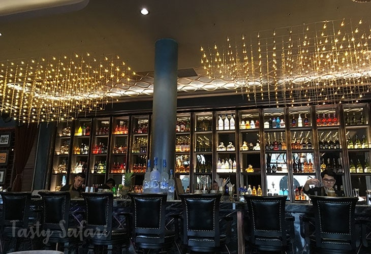 The bar of SI Cuisine & Mixology in Hanoi