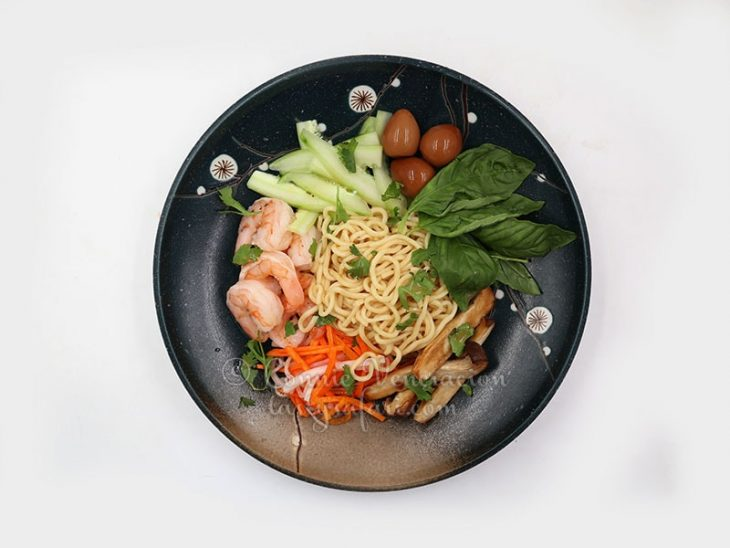 Sweet Tangy Cold Noodles