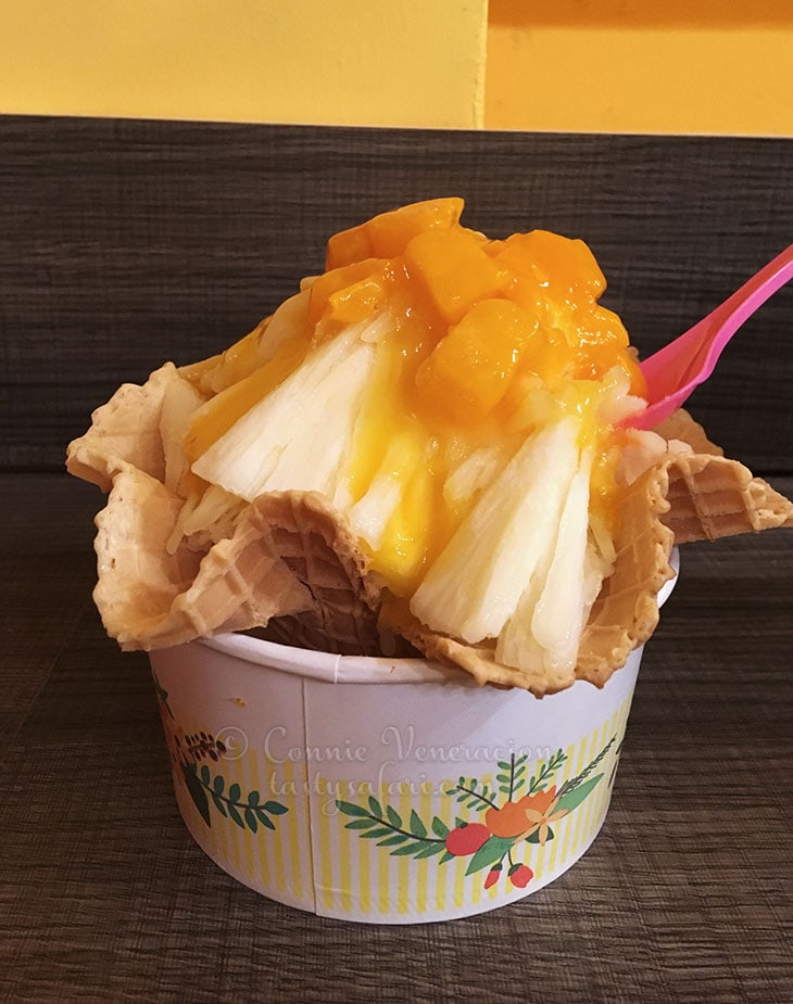 Mango shaved ice, Tamsui Old STreet