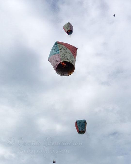 Sky lanterns in Shifen