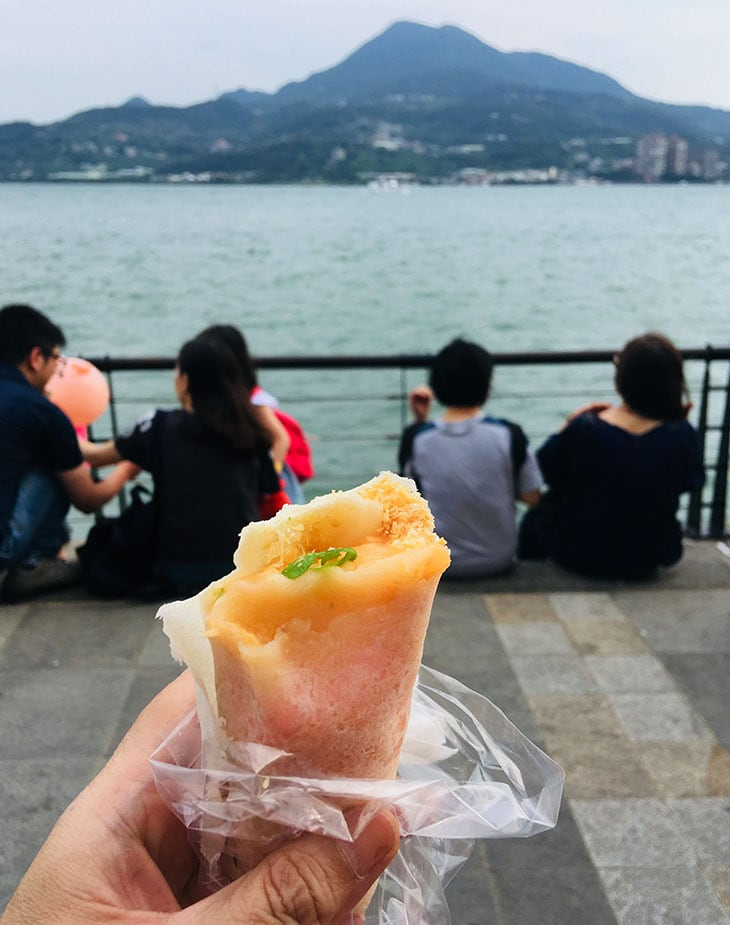 Ice cream roll at Tamsui