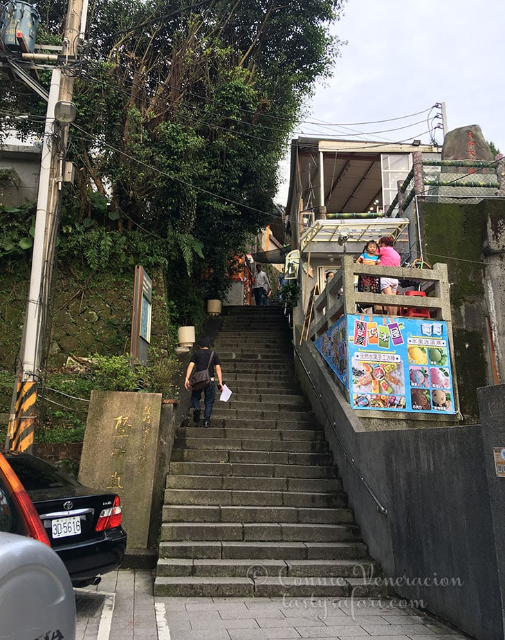 240 steps up the stairs in Jiufen