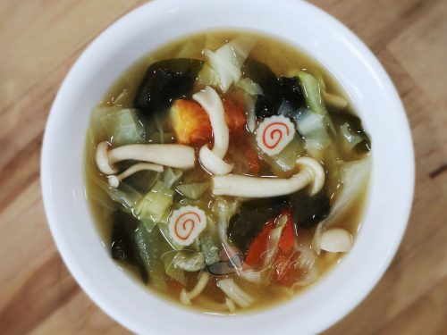 Vegetable and mushroom miso soup