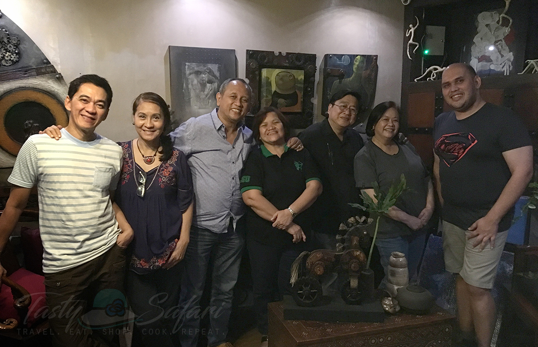 At KUS: Artists and owners Omi and Susan Reyes; Rolly and Nitz de los Santos; Speedy and me; and Henry Magahis