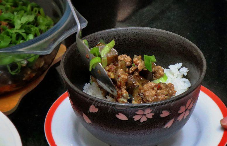 Ma Po Eggplant (it's Ma Po Tofu Without the Tofu)