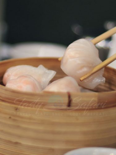 Steamed shrimp dumplings