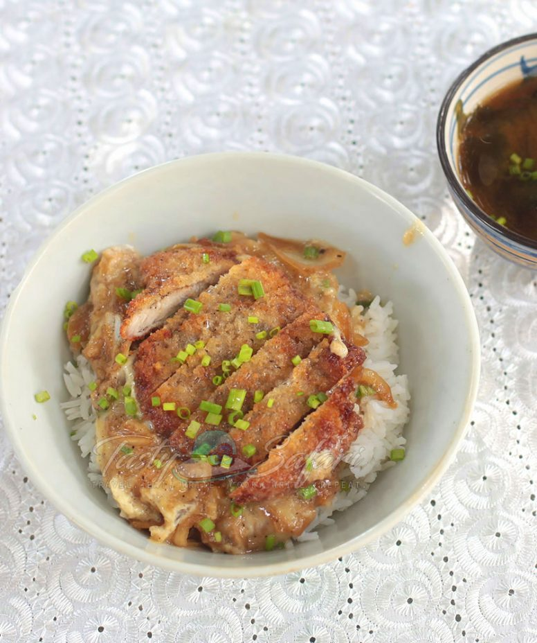 Katsudon (Japanese Fried Pork Cutlet and Eggs Rice Bowl) Recipe