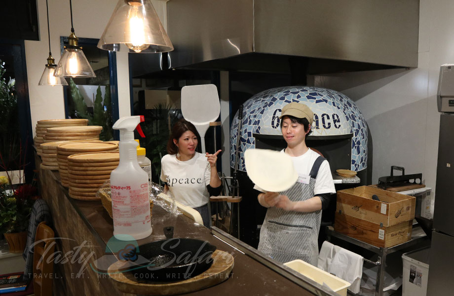 Hand tossed pizza crust and brick oven | 6 Peace Pizza in Kyoto, Japan