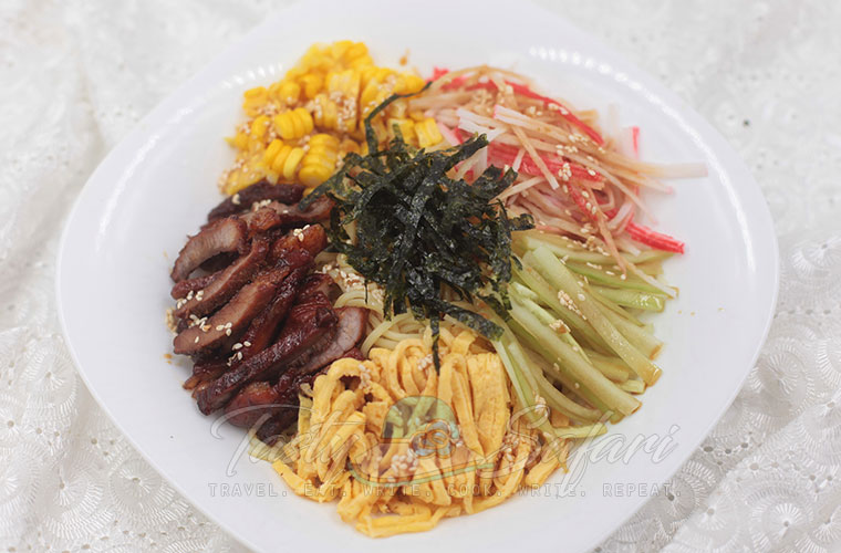 How to Cook Hiyashi Chuka (Cold Ramen)