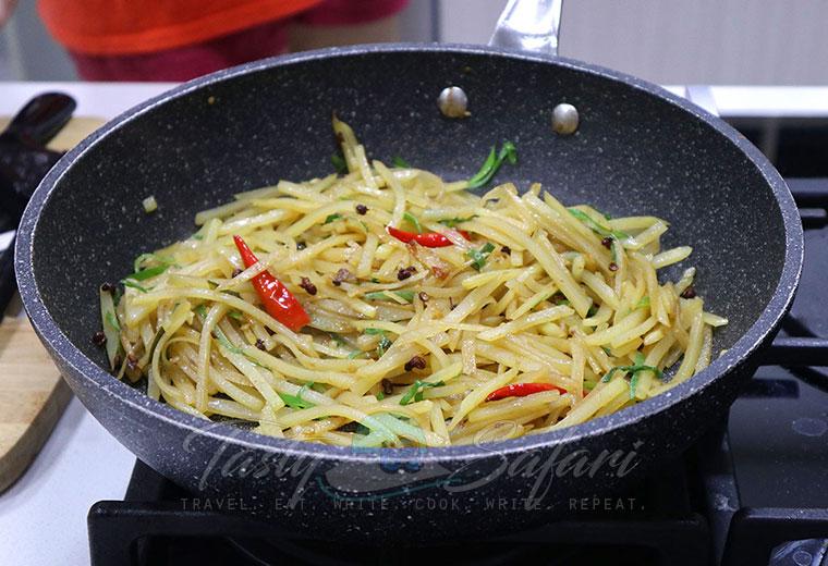 Sichuan Stir Fried Potatoes Recipe
