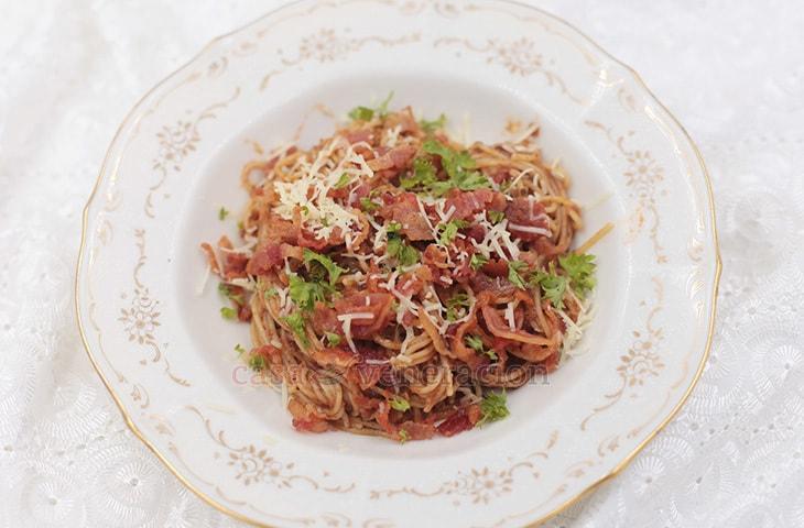 Beef kadereta spaghetti