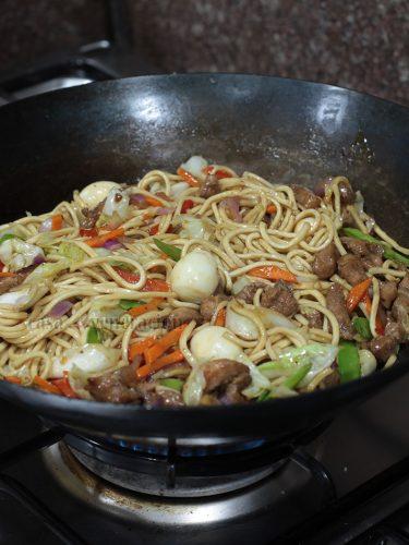 Carbon steel wok