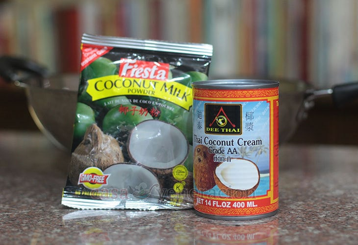 Canned and powdered coconut milk