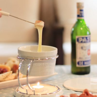 Caquelon, the fondue pot