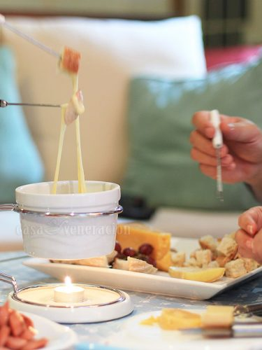 Cheese fondue at home