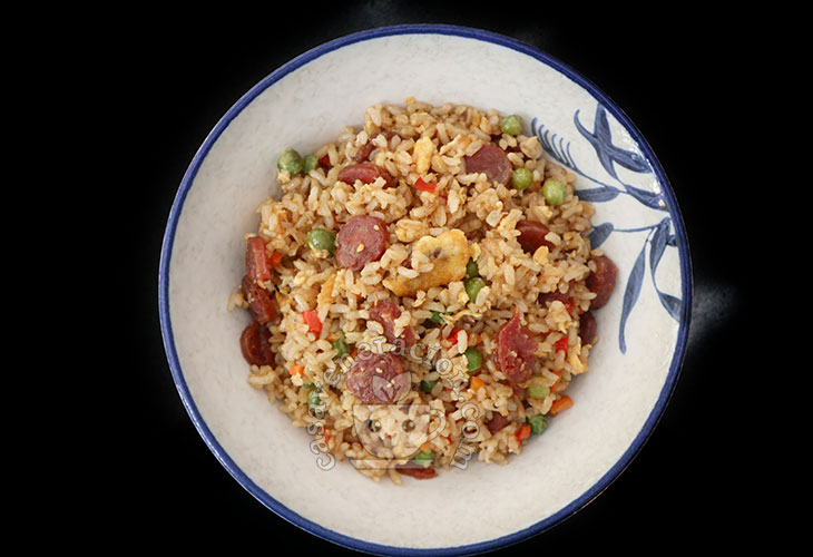 Chinese-style fried rice using whole grain (brown, in this case) rice