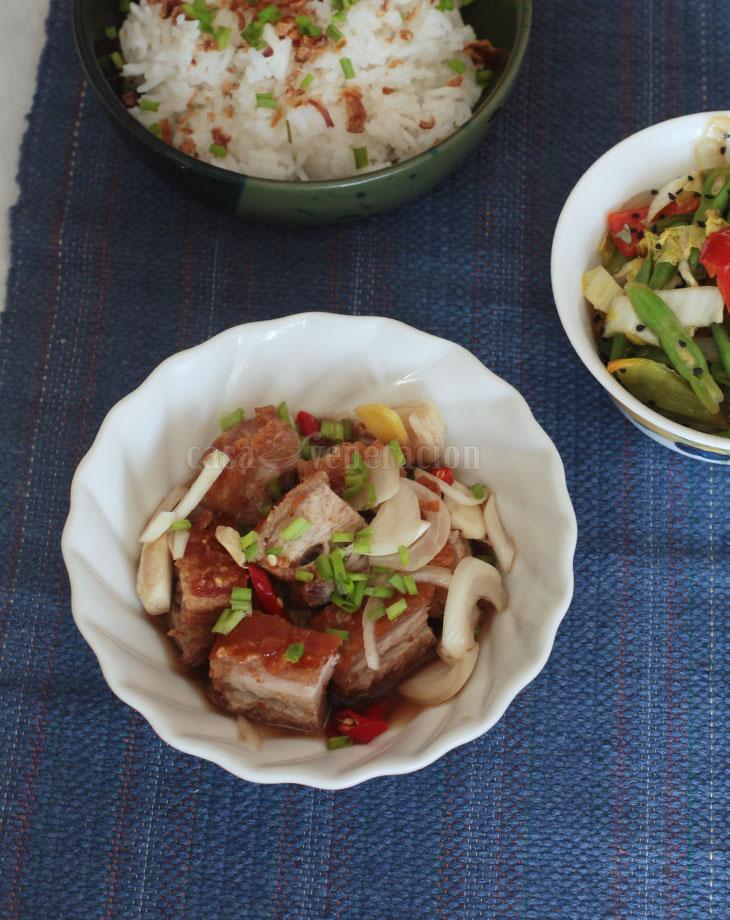 Connie Veneracion's lechon kawali dipping sauce
