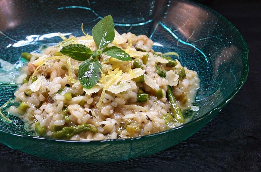 Asparagus, mint and lemon risotto