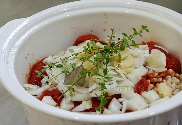 Oregano in pork stew