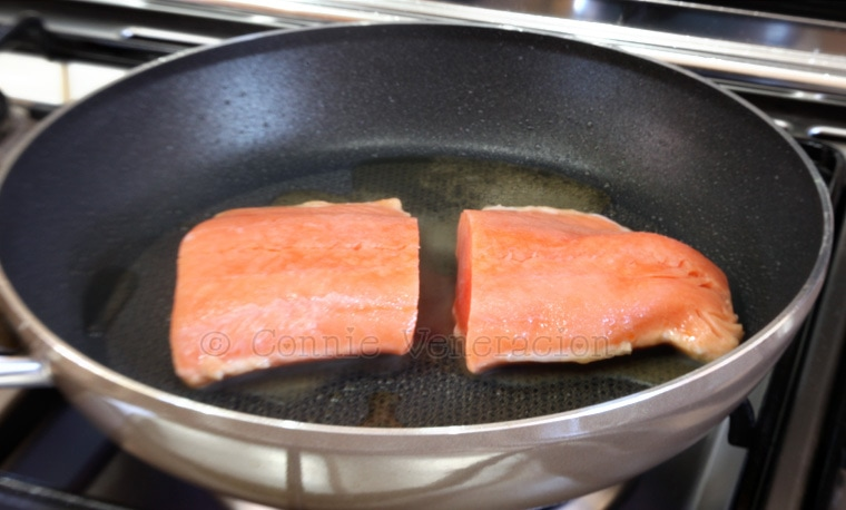 Pan frying salmon fillets