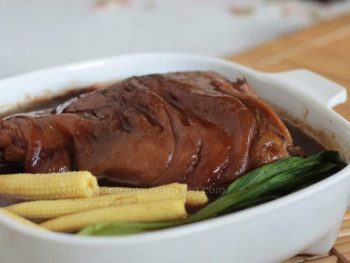 Chinese braised pork hock