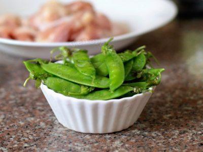 About snow peas, snap peas, sweet peas, mangetout and edamame