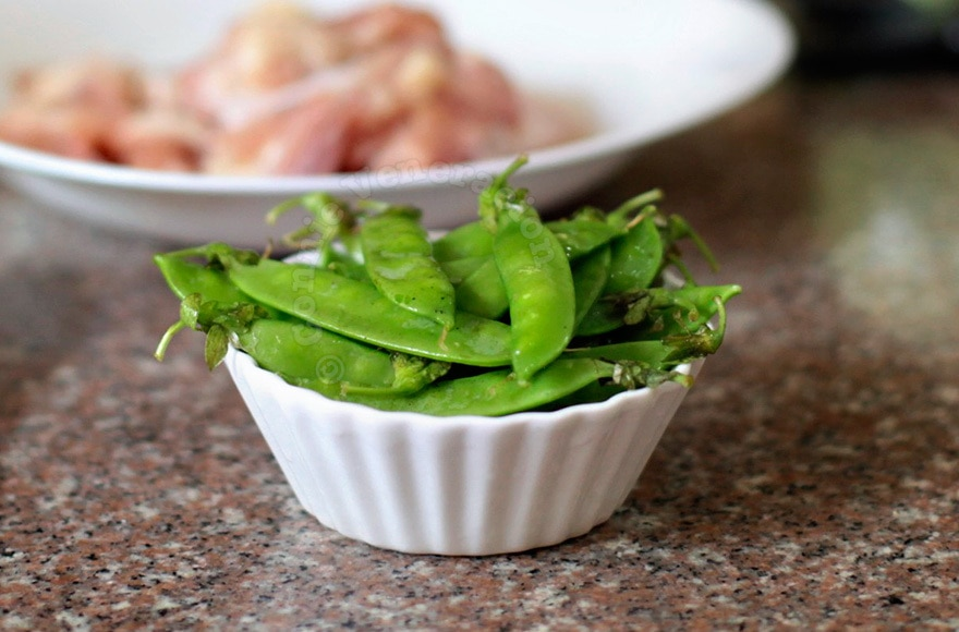 About snow peas, snap peas, sweet peas, mangetout and edamame