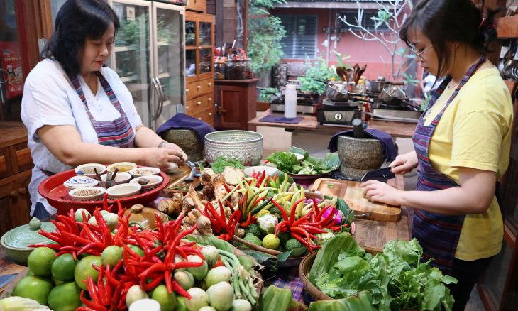 Connie and Alex Veneracion at a Chiang Mai cooking school