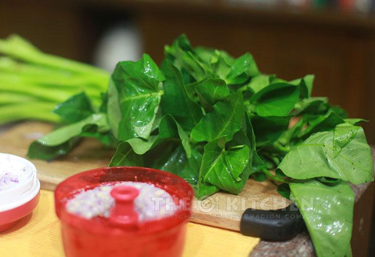 Swamp/water spinach (kangkong)