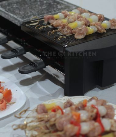 Tabletop raclette grill
