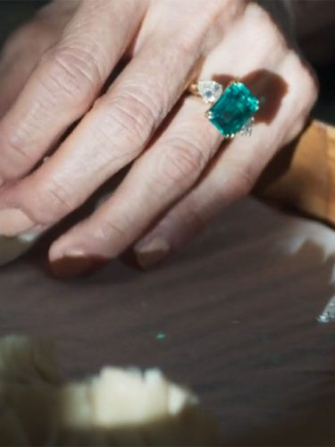 Dumplings and Eleanor's emerald and diamond ring in Crazy Rich Asians | Image credit: Warner Bros. Pictures