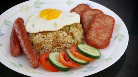 American fried rice (served here with hotdogs and SPAM slices), a Thai invention