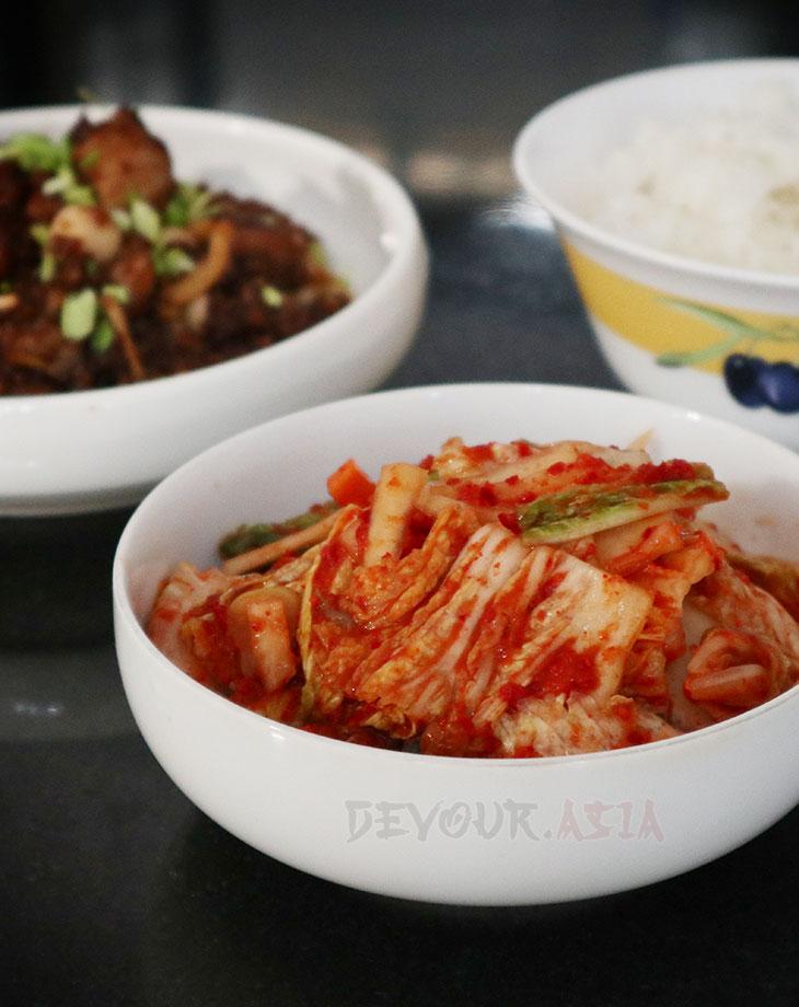 Kimchi, chicken salpicao and rice